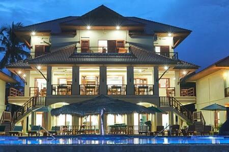 Sara Beachfront Resort