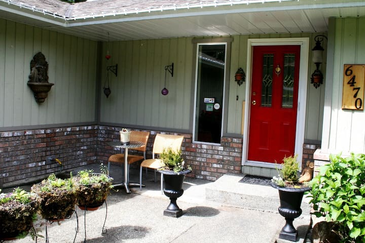 Funky Frog B&B-rent all 3 and SAVE! - Duncan - Bed & Breakfast