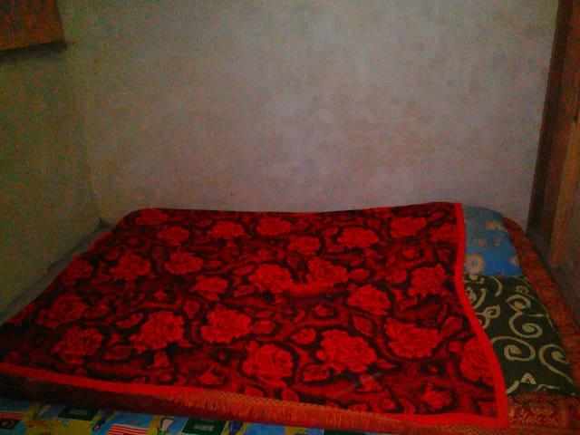 kamar penginapan 2 malam