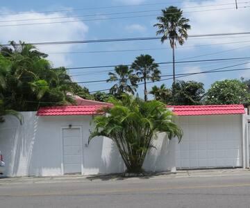 SUITE PRIVADA EN ZONA RESIDENCIAL - Guayaquil
