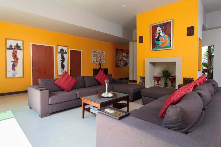 Breezy Villa in Pattaya & Salt Pool - Muang Pattaya - Villa