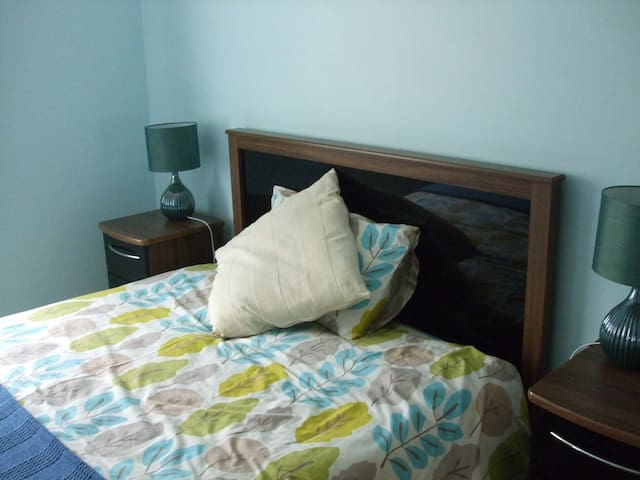Double warm cosy bedroom in Lucan