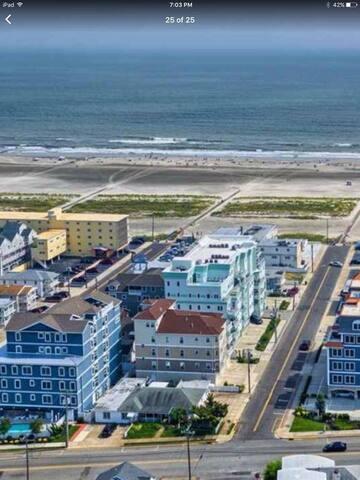 Luxurious Ocean View Condo, Beach Block - Wildwood Crest - Apartment