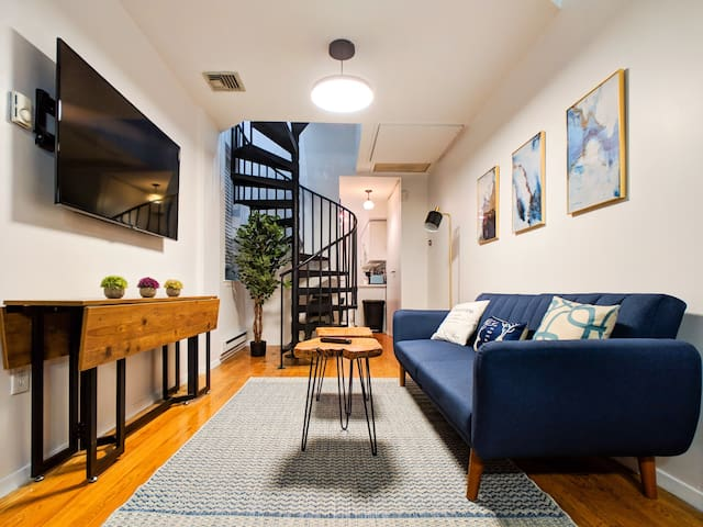 3BR + 1.5 Bathrooms Duplex 10 mins to Manhattan