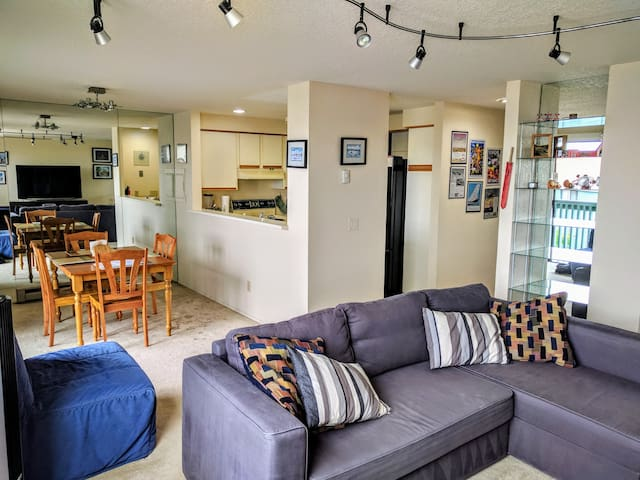 Well-appointed 2-bedroom in Renton