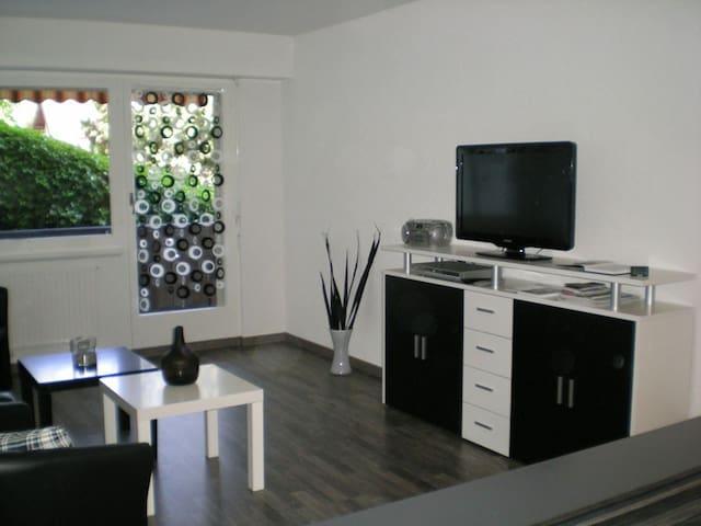 Nice 2-room-apartment - Montreux - Departamento