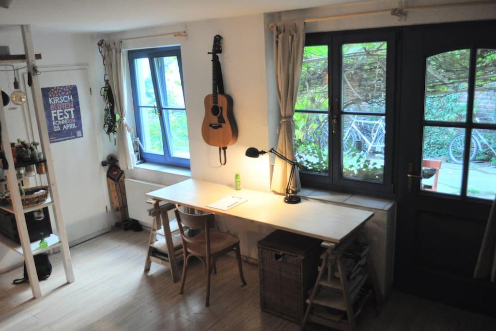 Studio in bonn39s old town altstadt apartments for rent for Küchenstudio bonn