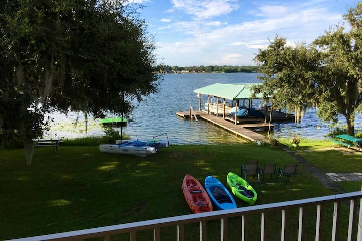 1st floor of Lakehouse on beautiful Lake June
