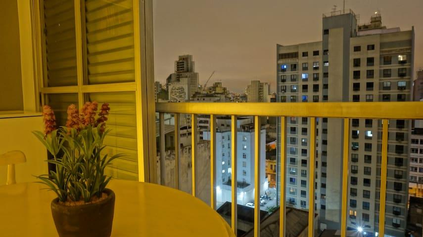 Apartamento completo e aconchegante 3 min do metrô - São Paulo - Apartmen