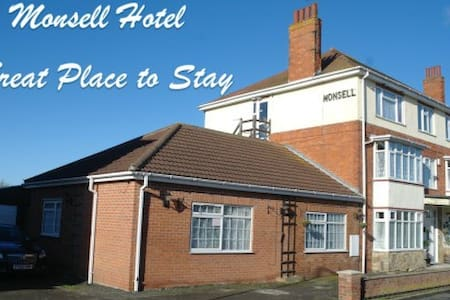 THE MONSELL HOTEL - Skegness - Inny