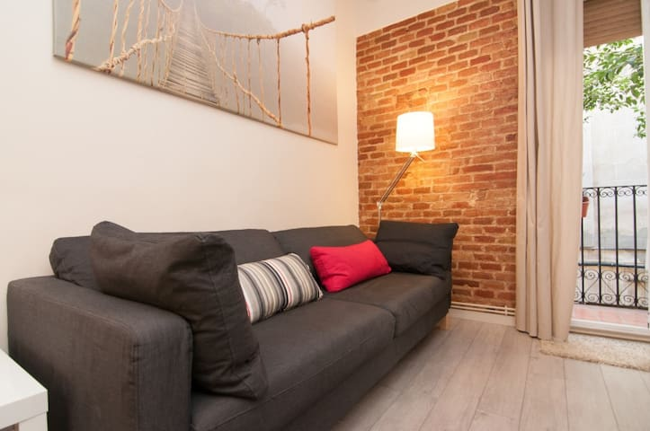 Pretty apartment in GRACIA - WIFi& NETFLIX