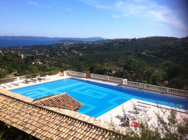 Appartement proche plage, vue mer, piscine - Roquebrune-sur-Argens - Condominio