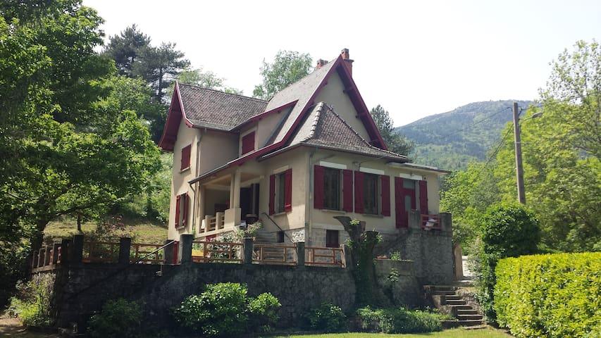 BRIN D'HERBE au cœur des Hautes Cévennes - Génolhac - Villa