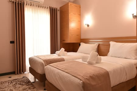 Comfortable Twin  Room - Tiranë