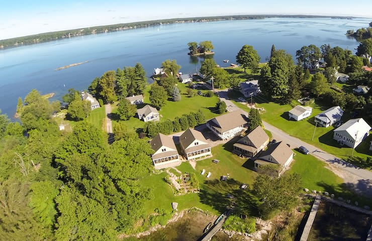Loon Lodge, Thousand Islands - Hammond - House