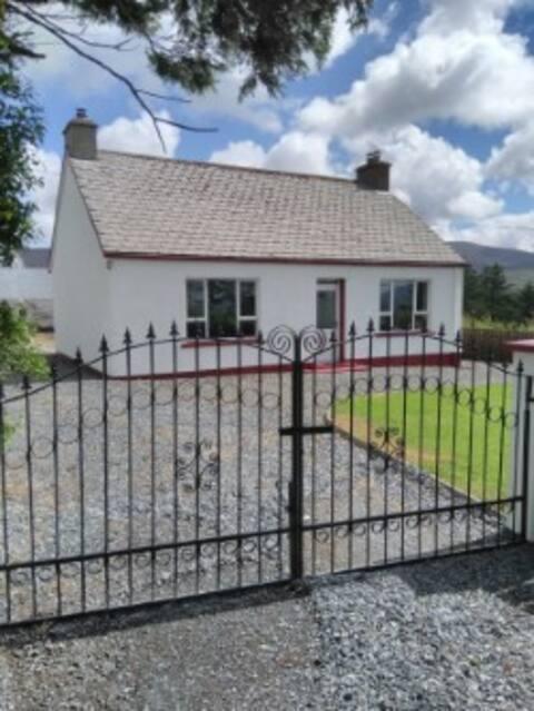 Seamus's Cottage( Buncrana ,Clonmany ,Ballyliffen)