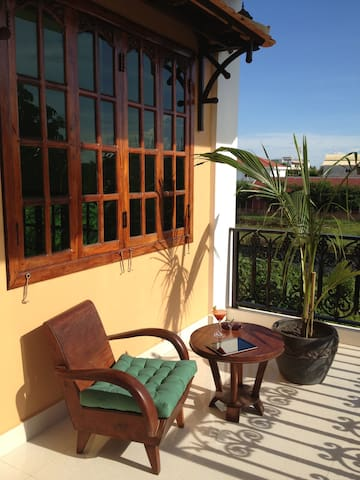 Deluxe Double Room - The Rose Apple Boutique B&B - Siem Reap - Bed & Breakfast