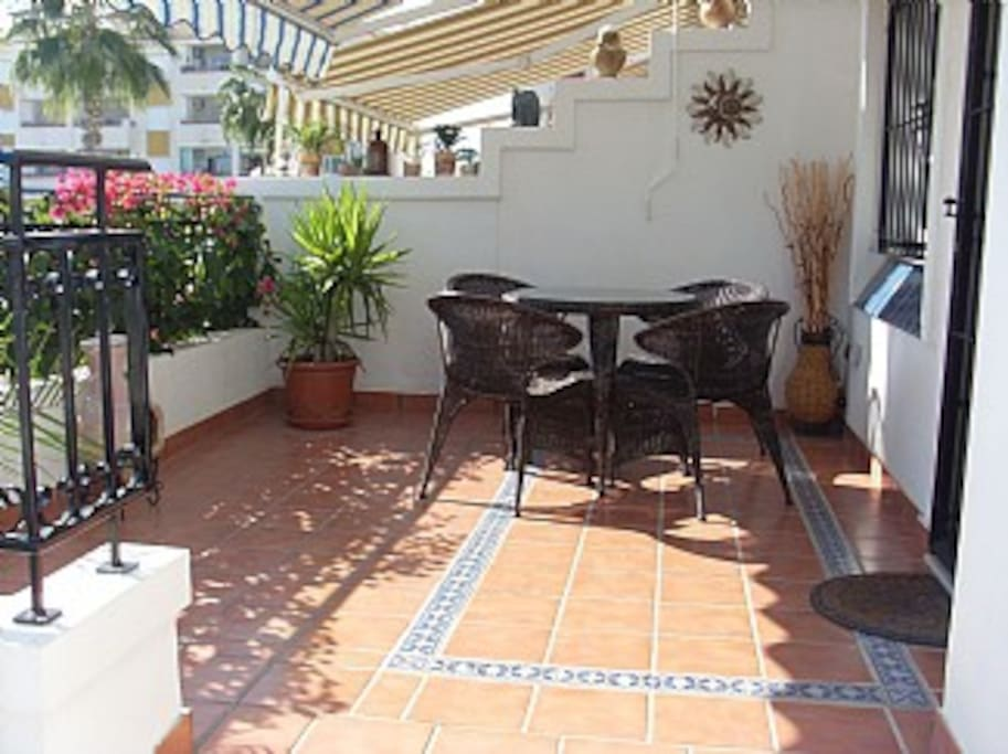 Front private terrace