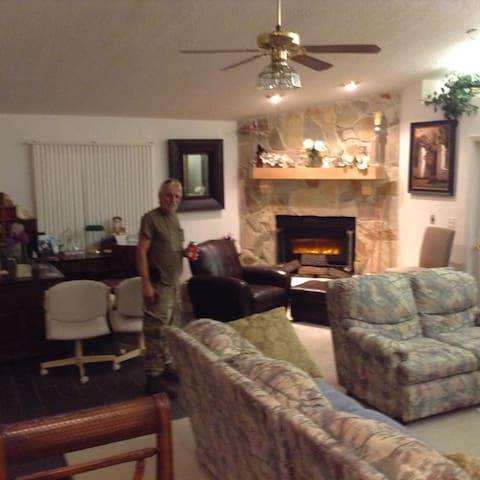 Fabulous Great room to enjoy