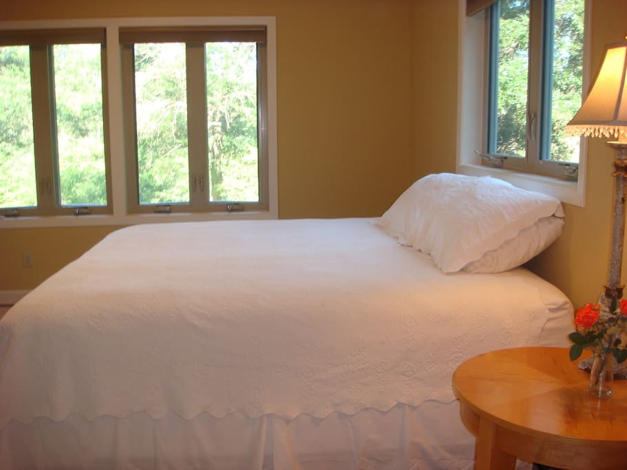 Several of the rooms can either be set up with King Size beds or split into Twin beds.