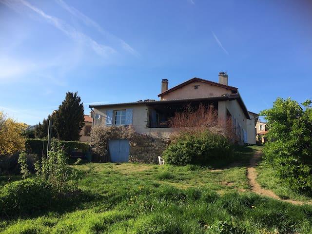 Chambres privées dans maison au calme - Saint-Didier-Sous-Riverie - Rumah