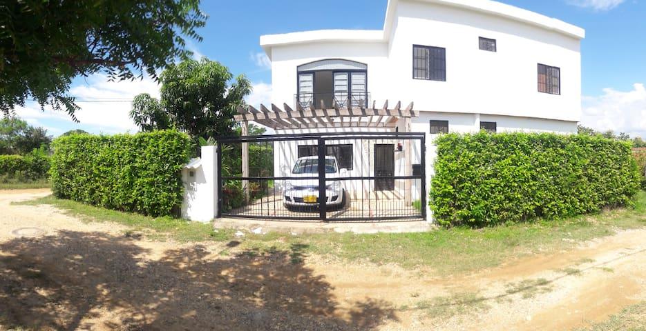 Alquiler casa vacacional Carmen de Apicala