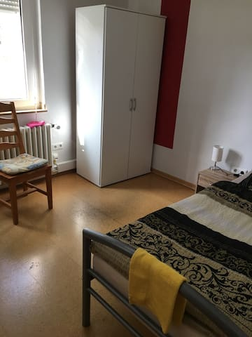 Monteurzimmer Marl       Einzelzimmer - Marl - House