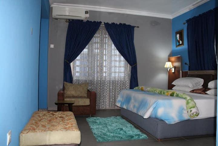 Crownedge Hotel - Royal Suite