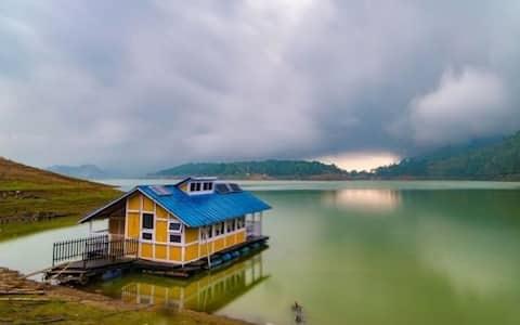 Boathouse of Umiam