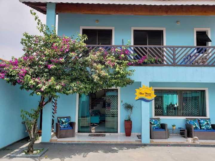 Peruíbe - Hostel Blue House