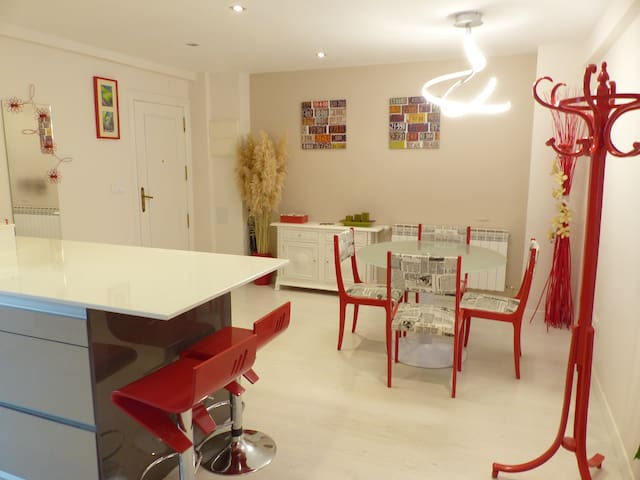 Comfortable rooms - happy breakfast - Burgos - Apartment