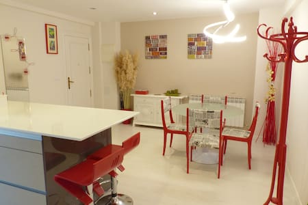 Comfortable rooms in happynest place!!!