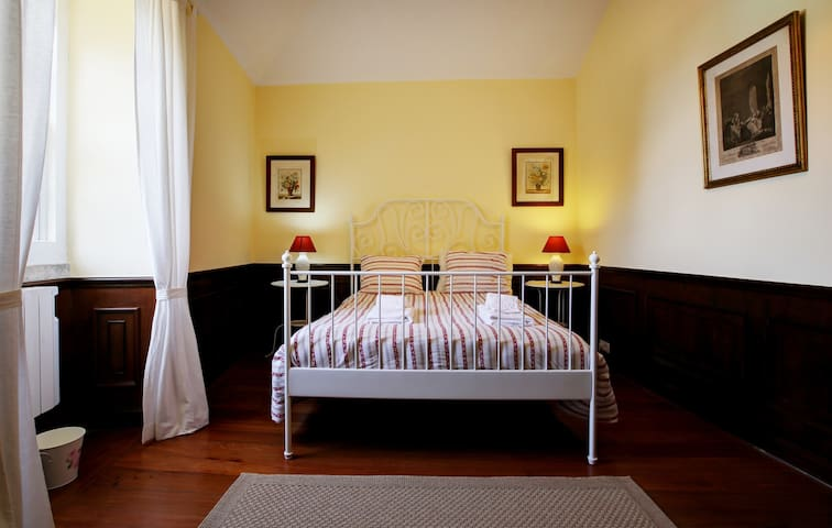 House 2 - Bedroom 1