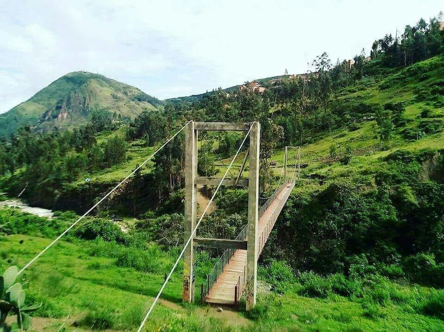 Puente colgante en sorata