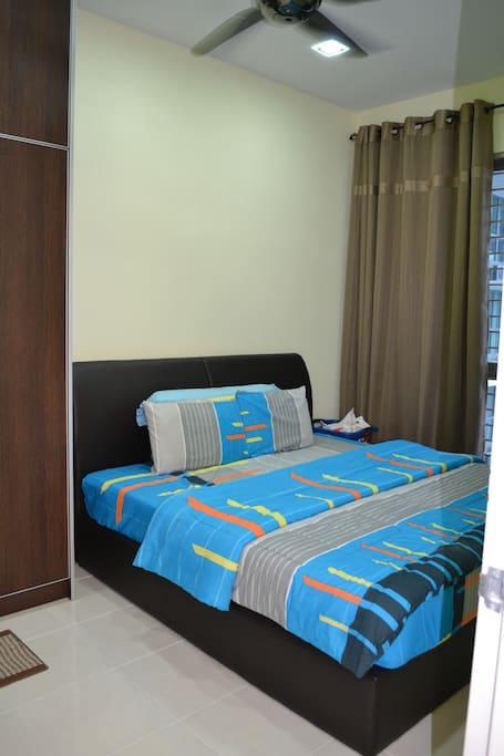 Masterbedroom - King size bed