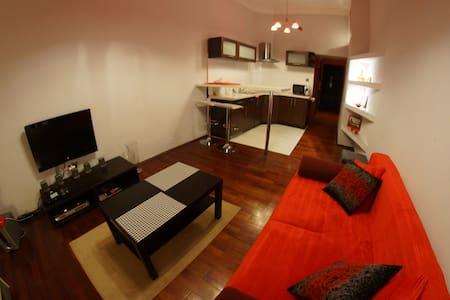 Main Square 4min, WiFi, balcony - Cracovia - Appartamento