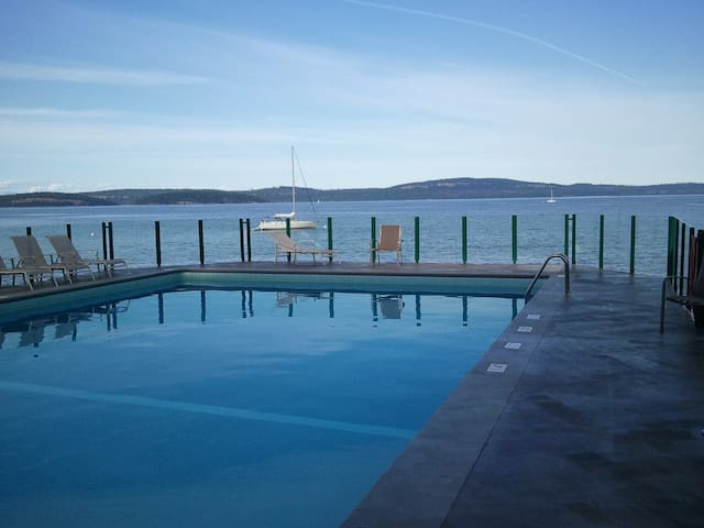Inn of the Sea Resort - Oceanfront  - Nanaimo - Pis