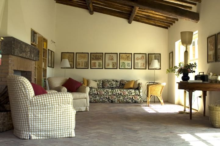 Apt in charming Umbrian Farmhouse  - Lugnano In Teverina - Apartemen