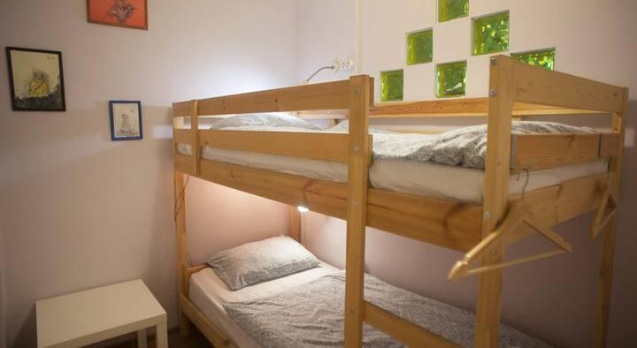 Кровать в общем 10-ти местном номере