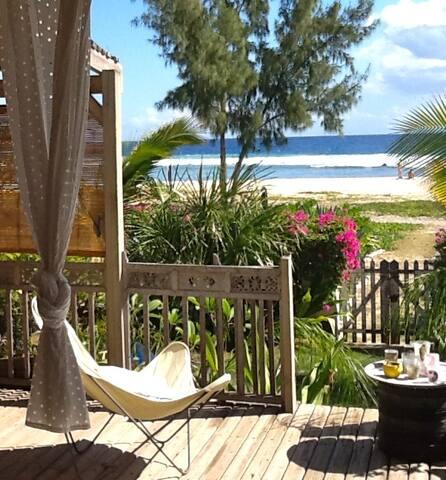 Maison de charme pieds dans l'eau  - SAINT GILLES LES BAINS - Villa