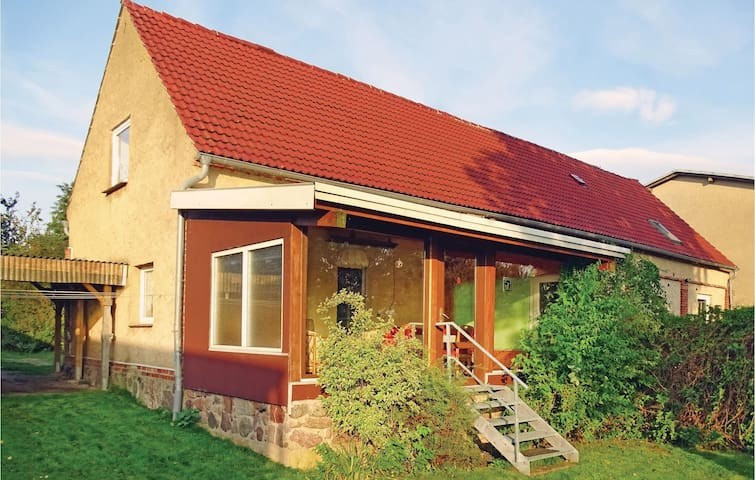 Holiday apartment with 1 bedroom on 60 m² in Rüggow