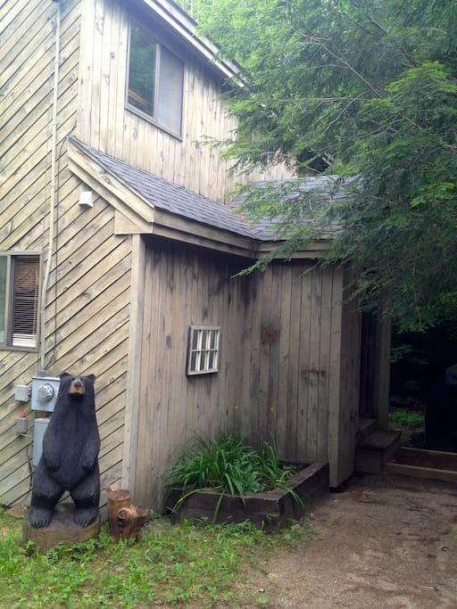 Alternate entrance to the cabin with your friendly greeter