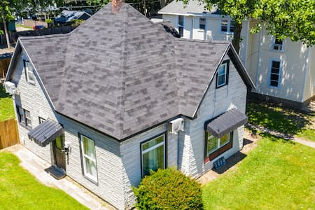 Large home with character  .5 Miles to downtown