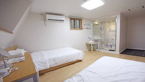 Starria hostel_Twin bed room