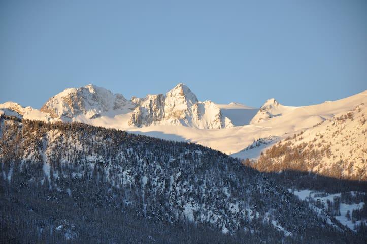 private room in serreche ski resort - Saint-Chaffrey - Casa