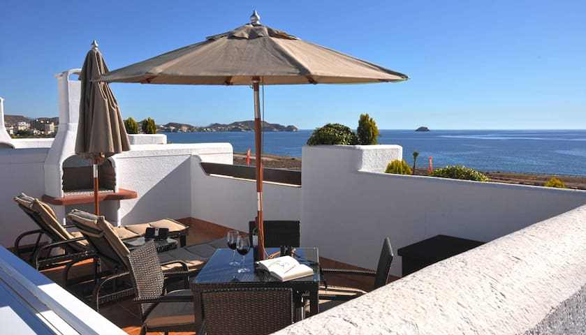 Oceanfront Villa with every Amenity - San Juan de los Terreros - Apartment