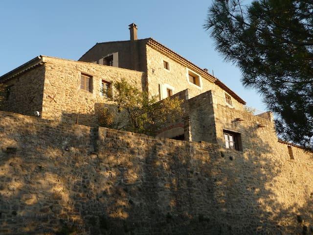 Atelier in Provencal village - La Bégude-de-Mazenc - Apartemen