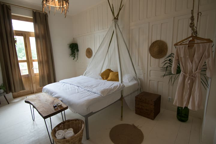 KARMA Hostel | romantic private room for 2 people