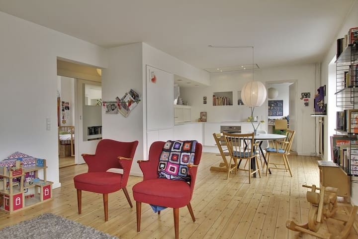 Comforts of home in Copenhagen - Valby - Villa