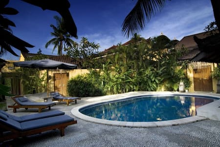 Beach Villa 1 Bedroom Deluxe Bfast - 庫塔 - 別墅